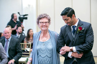 BB-ceremony-013-julie-napear-photography-george-washington-hotel-winchester